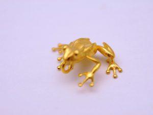 Frosch Anhänger aus 925 Silber vergoldet