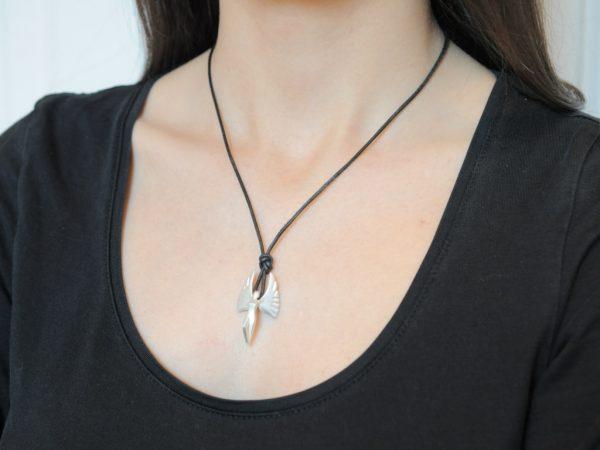 Schutzengel 2010 aus 925 Silber an Lederband