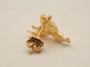 Frosch Ohrstecker aus 925 Silber vergoldet