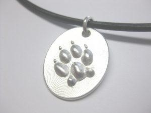 "Anhänger ""Hundepfote"" aus 925 Silber"