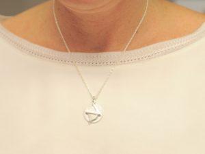 Sternzeichen Anhänger Schütze aus Silber an Silberkette mit Gravurplatte