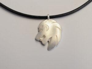 Löwe Anhänger groß Silber